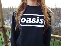 Oasis Crewneck