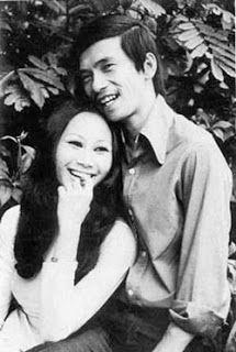 Le Uyen va Phuong:  Popular Singing Duo of South Vietnam
