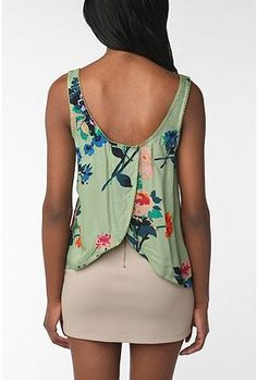 L-O-V-E this tulip-back tank from UO. Great unique structure and love the colors of the entire outfit.