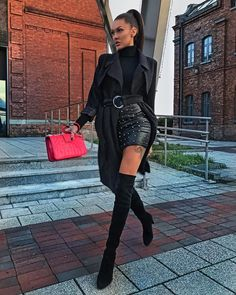 "- Klaudia Danch "" #black #leatherskirt #leather #weitzman #stuartweitzman #fashion #streetfashion #coat #blackcoat…"""