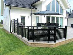 Pergola For Small Patio Modern Fence Design, Diy Pergola, Outdoor Rooms, Pergola Designs, Diy Patio, Outdoor Design, Balcony Railing, Scandinavian Garden, House Exterior