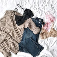 Attractive outerwear seeking supportive underwear. See advice on making a seamless match between your Extras and the pieces in your closet.