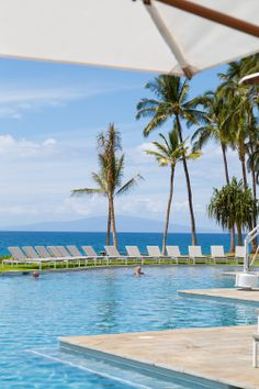 Take a dip in the #blue pools and #blue ocean waters at this beautiful Andaz Maui hotel in #Hawaii.