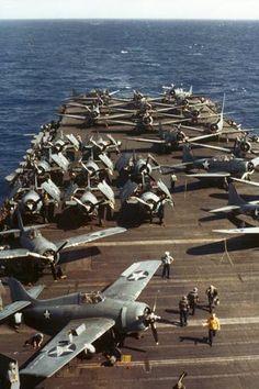 F4F Wildcats on the deck of the USS Wasp (CV-7), 1942. Repin & like .and Listen to Noelito Flow music. Noel. Thank you http://www.twitter.com/noelitoflow http://www.instagram.com/rockstarking http://www.facebook.com/thisisflow