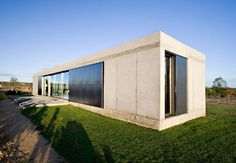 side house view in anton house in Zamora Spain, Photo  side house view in anton house in Zamora Spain Close up View.