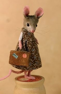 Mouse on Holiday