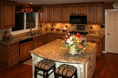Spectacular Tuscan Kitchen Decorating Ideas Pic: Awesome Kitchensl Maple Kitchen Cabinets With Burnt Sugar Glaze Picture