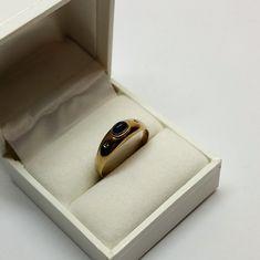 19,3 mm Ring Gold 333 Saphir Cabochon & Diamanten elegant GR156 Ringe Gold, Sunglasses Case, Gold Rings, Elegant, Etsy, Sapphire, Craft Gifts, Schmuck, Classy