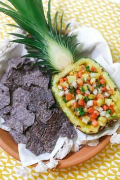 DIY Pineapple Boat. Perfect for a party or shower! #recipe