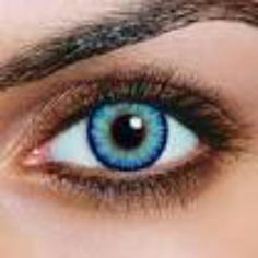 Finding the best eyeshadow color for hazel eyes presents quite the challenge. After all, exactly what color are hazel eyes? Some hazel eyes are more green - others,. Green Contacts Lenses, Colored Contacts, Hazel Eye Makeup, Skin Makeup, Makeup Contouring, Looks Style, Looks Cool, Hair And Beauty, Make Up