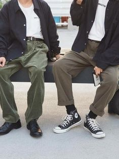 48 Elegant Man Street Style Ideas To Inspire You Converse Outfits, Converse Men, Streetwear Mode, Streetwear Fashion, Urban Fashion, Mens Fashion, Fashion Menswear, Style Masculin, Estilo Grunge