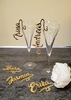 Personalized glass decor Custom wine charm Wedding wine charms Gold wine charms Wine glass charms Wedding charm Personalize Laser cut name Trotec Laser, Laser Cut Wood, Laser Cutting, Laser Cutter Ideas, Laser Cutter Projects, Gravure Laser, Wine Glass Charms, Wine Glass Favors, Laser Cut Acrylic