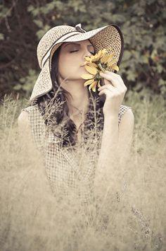 Retrato - Ester Mendes #moda #fashion #editorial #fotografia #pose #modelo #model #ensaio #photography #photo #foto #portrait