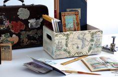 Caja de madera decorada con decoupage. Mapamundi. Wooden box decoupage. www.elpiojito.es