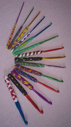 Humi's crochet tool Crochet Tools, Crafts To Make, Knitting, Creative, Projects, Style, Log Projects, Swag, Blue Prints