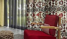 combinaties zijn eindeloos. #interieur #raambekleding #rood #gordijnen