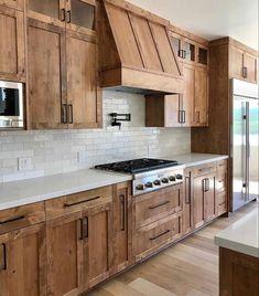 Farmhouse Style Kitchen, Modern Farmhouse Kitchens, Farmhouse Design, Home Decor Kitchen, Rustic Kitchen, Kitchen Interior, Kitchen Design, Kitchen Ideas, Farmhouse Homes