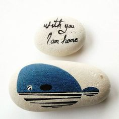 Whale stylized on rock. Rock Painting Patterns, Rock Painting Ideas Easy, Rock Painting Designs, Paint Designs, Seashell Painting, Pebble Painting, Pebble Art, Stone Painting, Stone Crafts