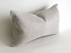 This beautiful 100% linen pillow cover is made using a high end woven jute and natural zig zag fabric, heavy weight and of good quality from Kravet