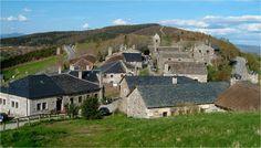 O Cebreiro Bilbao, The Good Place, Tours, Mansions, Nice, House Styles, Places, Travel, Santiago De Compostela