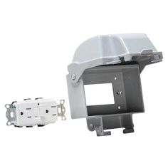 TAYMAC 1-Gang Gray Metallic In-Use Combination Cover with TR/WR receptacle