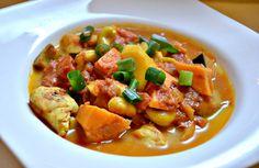 Heute gibt es ein Rezept für ein schmackhaftes indisches Curryhuhn. An dieser Stelle ein paar interessante Fakten zum Curry. Currypulver ist kein Gewürz im klassischen Sinne, sondern eine Mischung aus meist mehr als 20 Gewürzen. Hierzu zählen vor allem Bockshornklee, Chili, Ingwer, Kardamom, Koriander, Kreuzkümmel, Kurkuma, Nelken, Senf, schwarzer Pfeffer, Zimt und auch Knoblauch. In […]