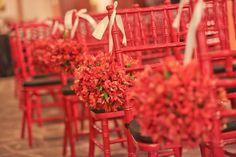 Sillas rojas con flores/ Red