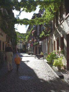 Freiburg im Breisgau (home of the Kapferers)