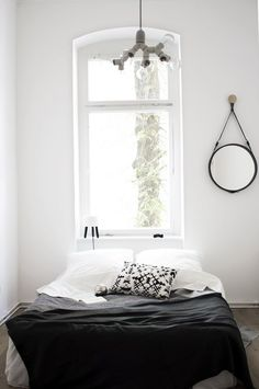 Awesome Minimalist Bedroom Design for Small Rooms Low Maintenance