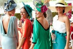 Ooo A Kentucky derby themed wedding would be so cute. Tell the guest on the invitation to dress derby style. I've been to a wedding all the guest had to wear black and/or red. Wedding Guest Style, Chic Wedding, Perfect Wedding, Wedding Styles, Race Wear, Perfect Day, Cocktail Outfit, Races Fashion, Fancy Hats