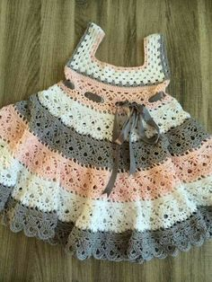 trendy Ideas for knitting baby patterns girl kids Baby Dress Patterns, Baby Knitting Patterns, Crochet Patterns, Kids Knitting, Gilet Crochet, Knit Crochet, Crochet Hats, Baby Girl Crochet, Crochet Baby Clothes