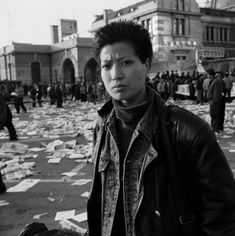 Living in seoul _ 서울역  | ph. Koo Sung Soo,  1997