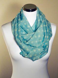 Foulard tube motifs pois, Fond bleu turquoise, pois blanc Couleur Bleu  Turquoise, Fond 01717128407