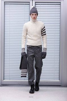 100 Sweaters - Woolfetish.com