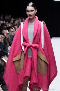 stylewyde: pink wrap Front of House, Tokyo