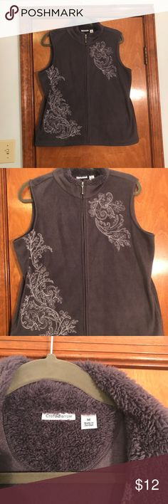 Croft & barrow women's size medium furry vest Croft & barrow, women's size medium. Zip up vest, made in Jordan, super soft!! Gray charcoal color, no flaws! croft & barrow Jackets & Coats Vests