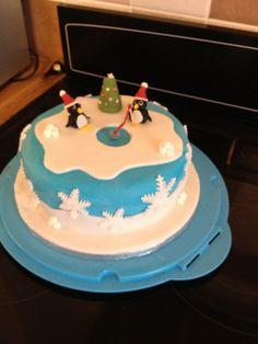 Penguin Xmas cake