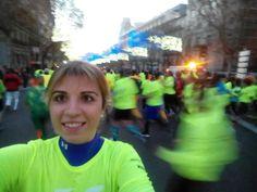 Llevamos 4km bajando la calle Alcalá hacia Cibeles san silvestre vallecana 2014