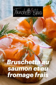 Découvrez notre recette de bruschetta au saumon et fromage frais aux herbes ! Bruschetta, Food, Salmon And Creme Cheese, Queso Blanco, Skinny Kitchen, Smoked Salmon, Grasses, Essen, Meals