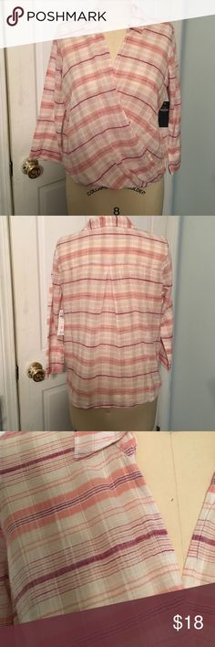 Hollister Woven wrap top size M Woven top from Hollister size M. New with tags. Fabric is 100% cotton. Style has a wrap front. Hollister Tops