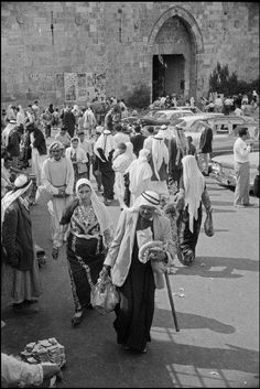 Visit the post for more. Palestine History, Israel Palestine, Jewish History, Old Pictures, Old Photos, Visit Israel, Arab World, Palestinian Embroidery, Templer