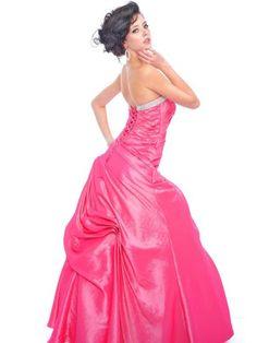 perfect prom dress :/