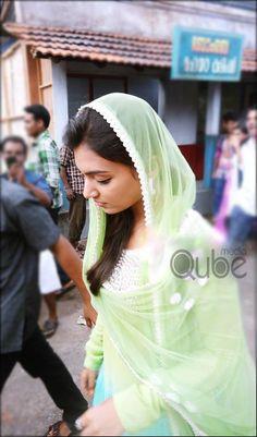 Nazriya Nazim in Salala Mobiles Indian Film Actress, South Indian Actress, Beautiful Indian Actress, Indian Actresses, Eid Images, Beautiful Heroine, Nazriya Nazim, Medical Careers, Sajal Ali
