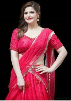 Indian Bollywood Actress, Indian Actress Hot Pics, Bollywood Girls, Beautiful Bollywood Actress, Indian Actresses, Tamil Actress, South Indian Actress, Beautiful Blonde Girl, Beautiful Girl Indian