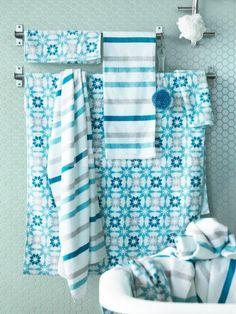 Relooker sa salle de bains avec un assortiment de serviettes Ingeborg et Kvarnan © Ikea