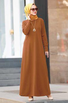 Muslim Girls, Muslim Women, Habits Musulmans, Hijab Fashionista, Fall Skirts, Mode Hijab, Kurta Designs, Modest Fashion, Fashion Dresses