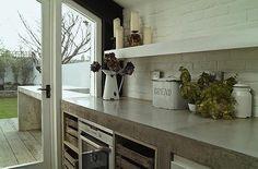 Eclectic Kitchen Design Ideas, Pictures, Remodel and Decor -concrete countertops Concrete Kitchen Counters, Concrete Countertops, Modern Countertops, Laminate Counter, Granite Counters, Kitchen Tile, Kitchen Colors, Eclectic Kitchen, Stylish Kitchen
