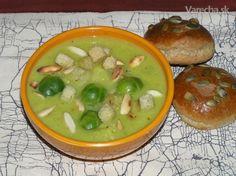 Polievka z ružičkového kelu (fotorecept) - recept Cheeseburger Chowder, Soup, Interesting Recipes, Soups