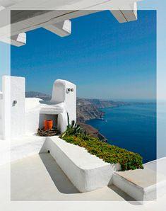 Stunningly beautiful 2-bedroom villa on Santorini, Greece