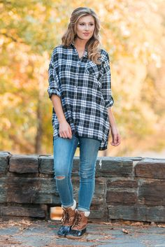 """""""Beginning To See Top, Black-White"""" We're beginning to see why you love this top so much! This oversized plaid button down is amazing! It has your name written all over it! #Newarrivals #shopthemint"""